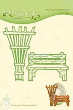 Bild von Lea'bilitie Garden benche & trellis