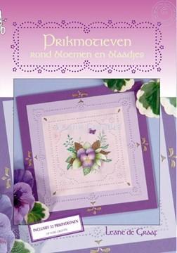 Afbeeldingen van Prikmotieven rond bloemen en blaadjes